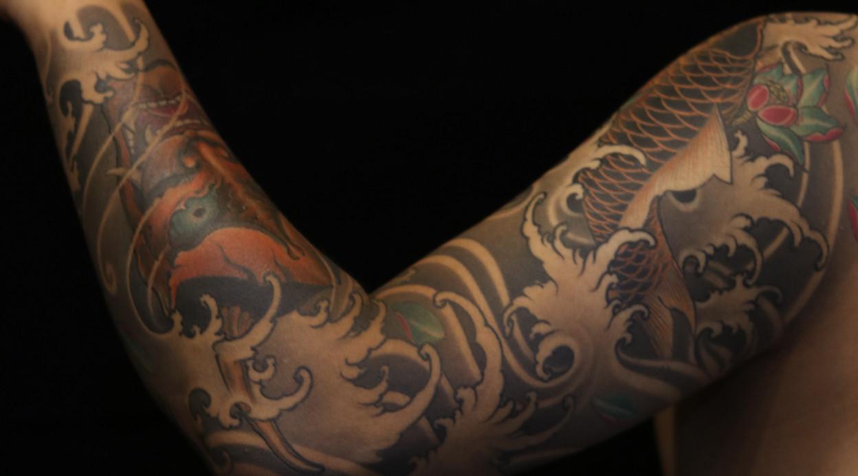 重庆新传统花臂纹身 鲤鱼 般若 荷花图案