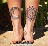 腿部月亮太阳情侣纹身图案