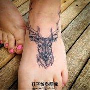 女孩脚背可爱鹿纹身