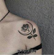 肩部近锁骨处玫瑰花月亮纹身