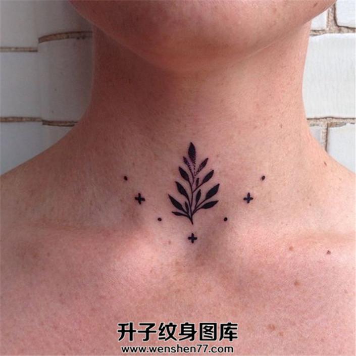 颈前部花枝叶纹身十足小清新