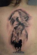 有意境的马纹身