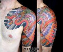 彩色日式传统半甲凤凰纹身图案