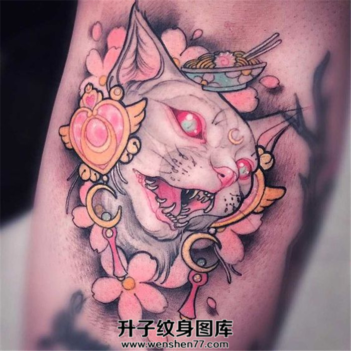 小臂猫头纹身图案