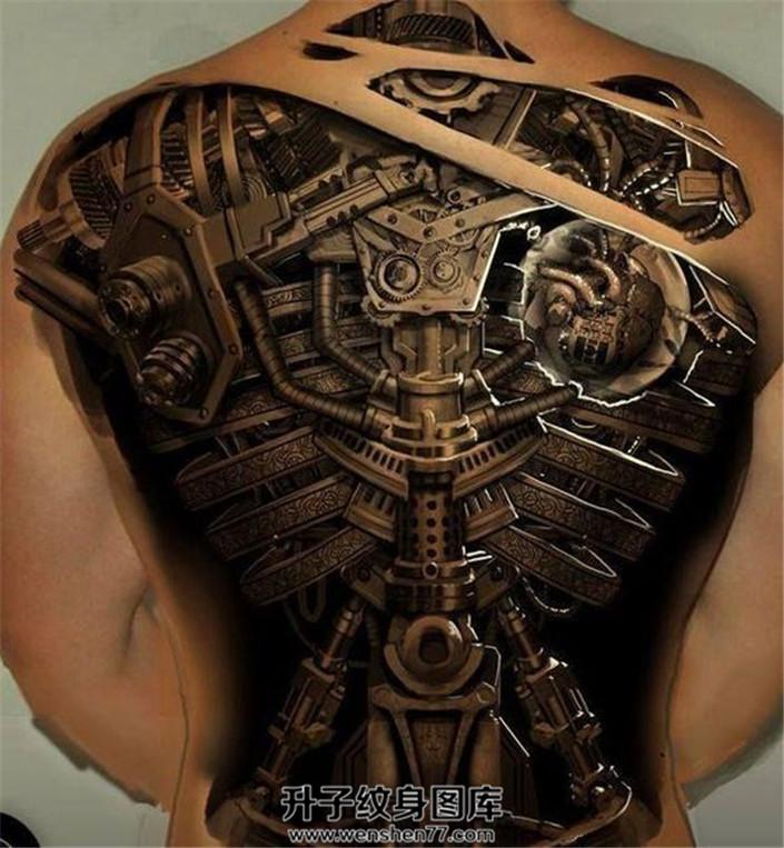 男性3D机械满背纹身