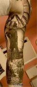 男性写实风格花臂纹身