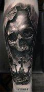 男性小臂骷髅墓碑纹身