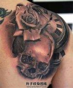 男性欧美写实黑灰骷髅钟表玫瑰花纹身