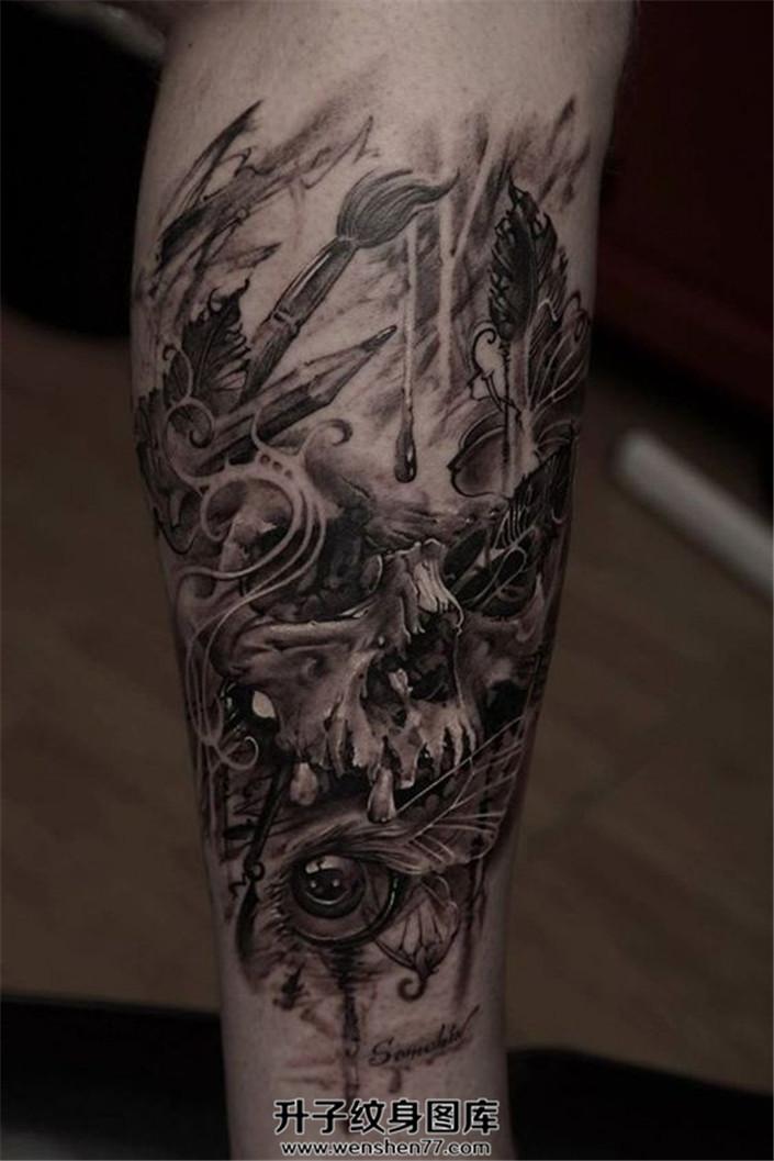男性小臂写实骷髅画笔纹身