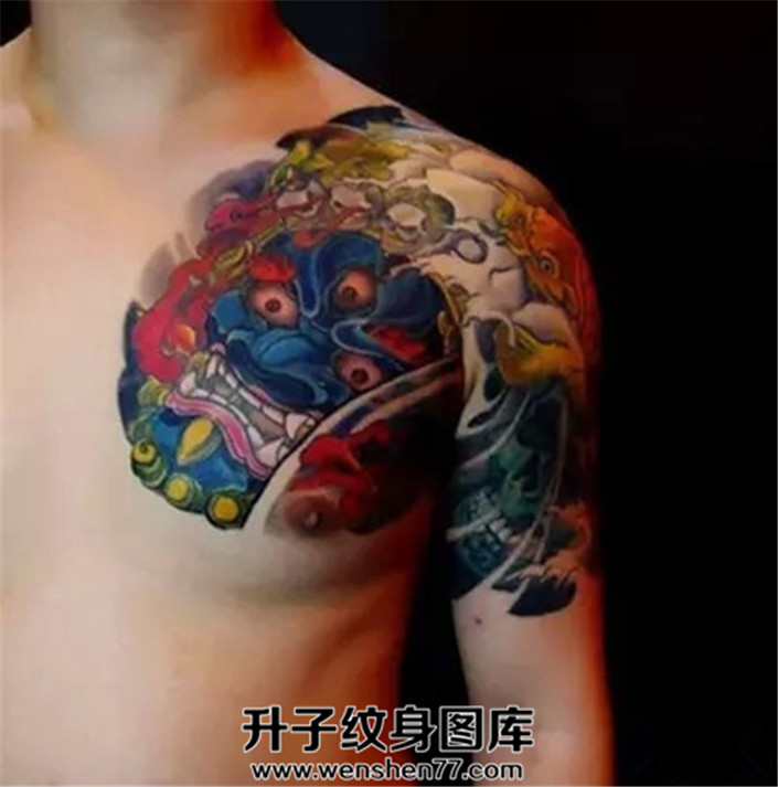 男性传统大黑天半甲纹身