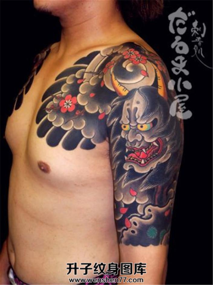 男性日式传统半甲般若题材