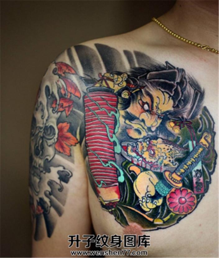 男性日式传统骷髅半甲纹身