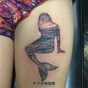 女性大腿有特点的美人鱼纹身