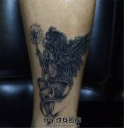 女性脚踝天使纹身