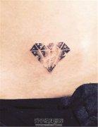 女性后腰钻石星空纹身