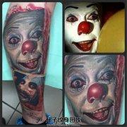 男性写实小腿小丑纹身