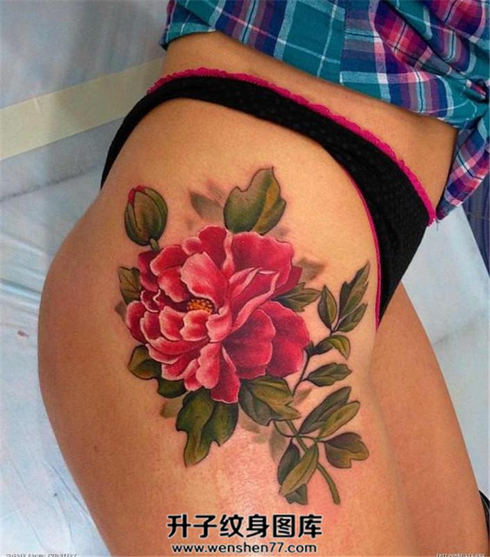 女性大腿欧美写实牡丹纹身