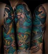 男性大臂传统彩色关公纹身