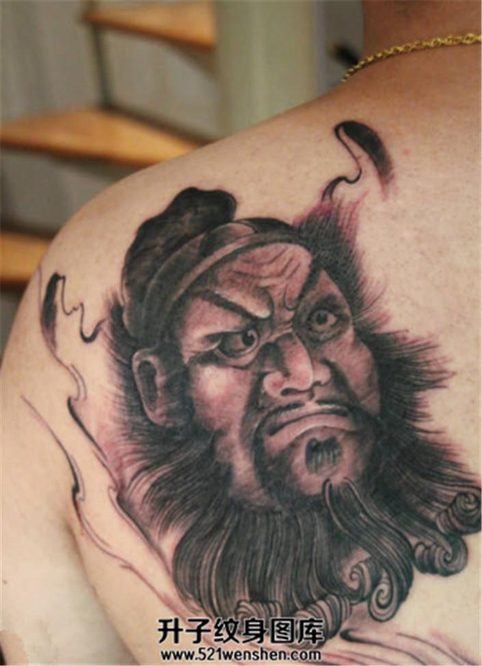 男性背部纹身素材推荐——钟馗纹身