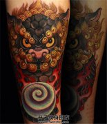 小臂一幅非常喜庆的唐狮子纹身