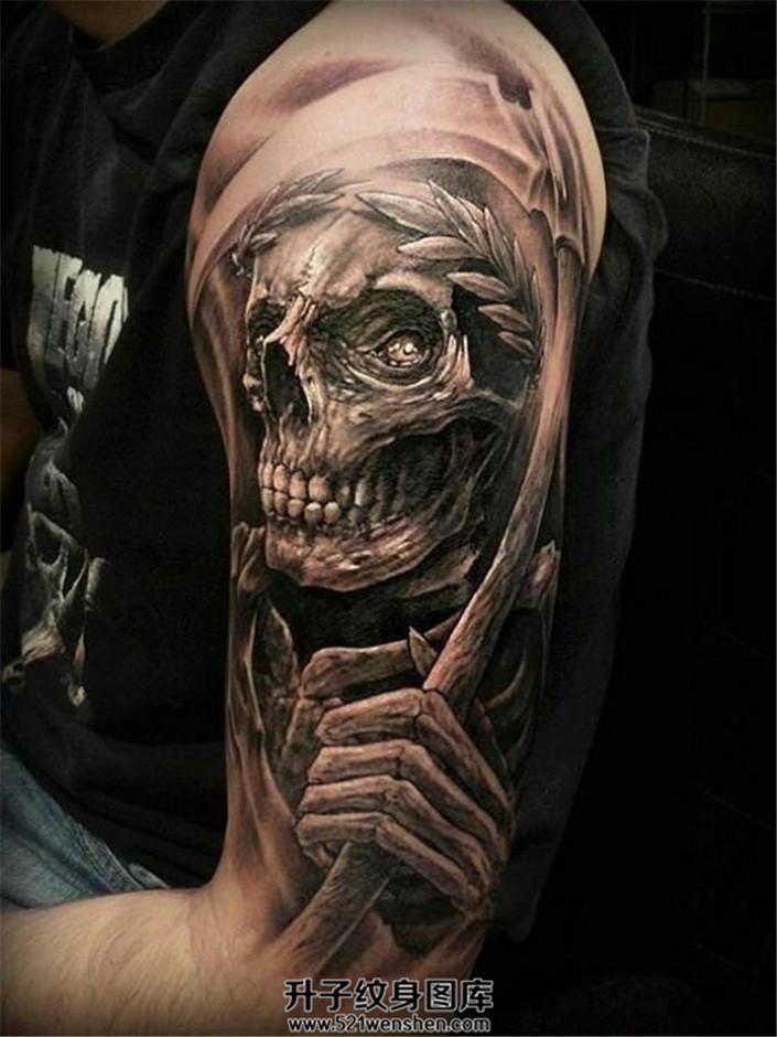欧美风格黑灰写实死神纹身