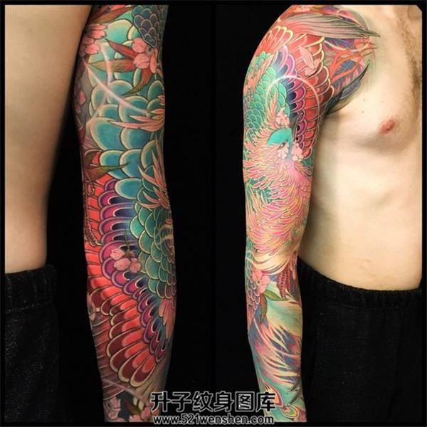 凤凰花臂纹身彩色传统花臂纹身