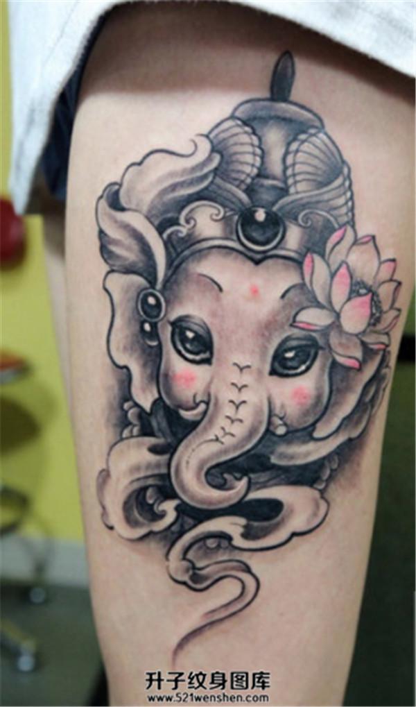 女性大腿可爱的象神纹身