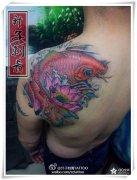 重庆纹身 重庆顶尖纹身店 肩膀鲤鱼纹身