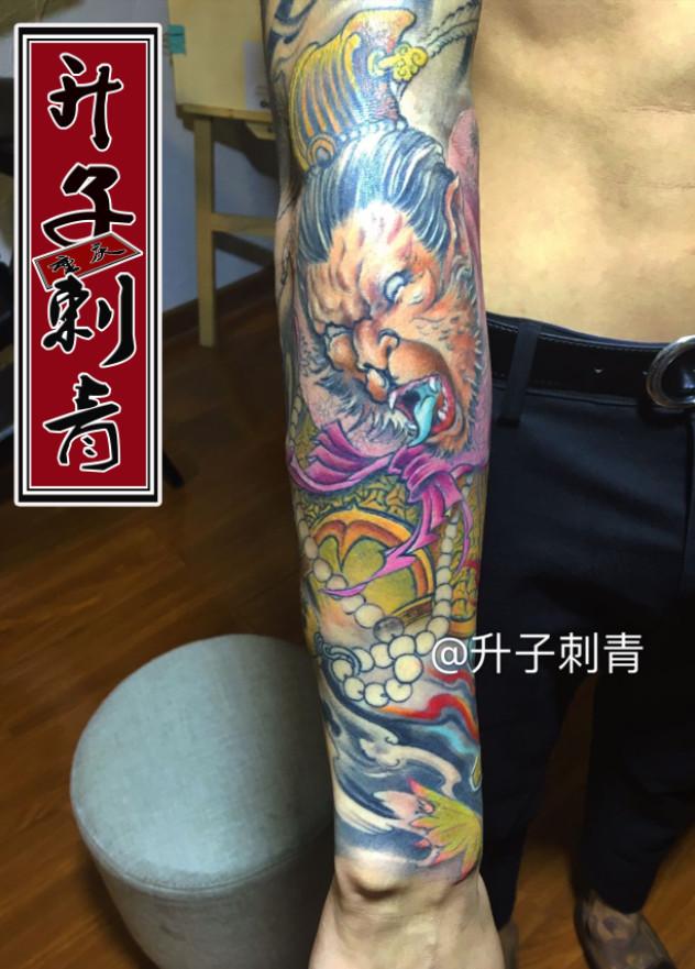 重庆纹身 观音桥哪里有纹身店 大圣花臂纹身图案