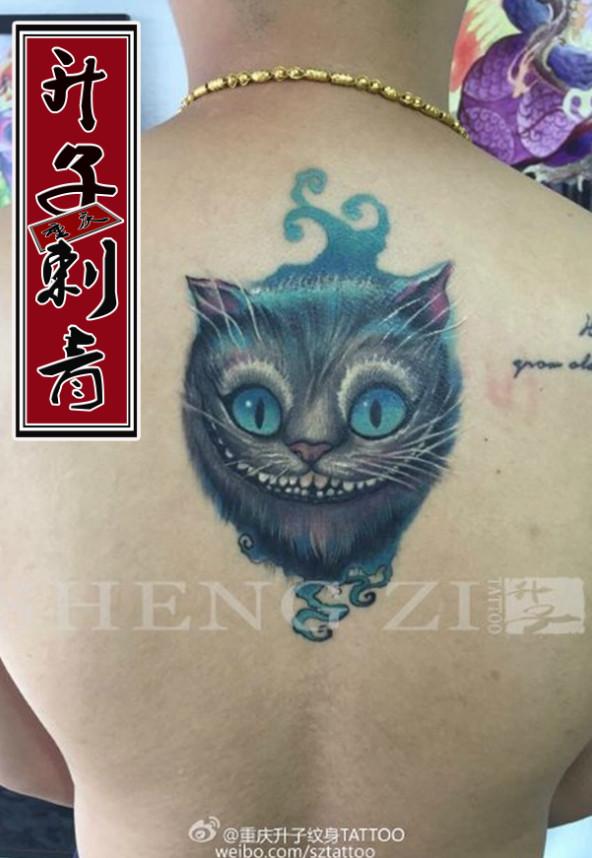 重庆纹身店 重庆后背纹身 重庆后背纹身价格 写实猫纹身图片