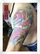 重庆纹身 传统彩色鲤鱼纹身 鲤鱼纹身价格