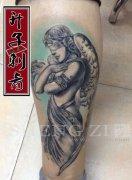 重庆纹身 小腿外侧天使纹身图案 欧美纹身价格