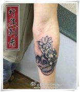 纹身在恢复期会发痒怎么办?纹身很疼吗?