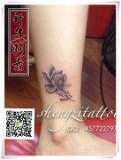 重庆纹身# 脚踝莲花纹身图案大全 女性纹什么好