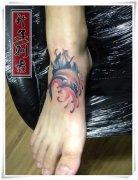 脚背纹身图案大全 脚踝海豚纹身图片 脚背纹什么