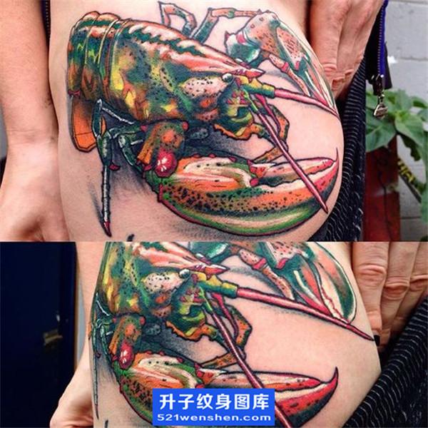 侧腰欧美写实彩色虾子纹身图案