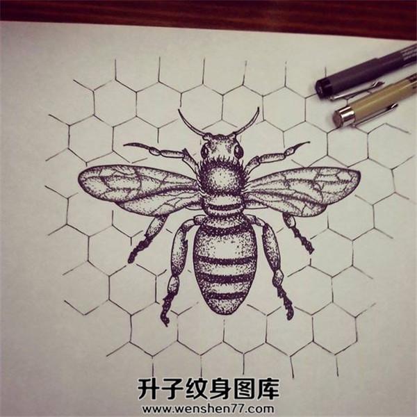蜜蜂纹身手稿图案大全