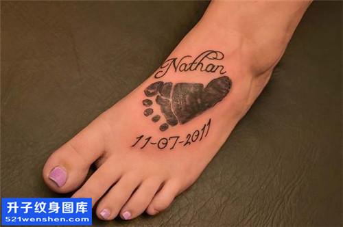 女性脚背脚印英文纹身图案大全