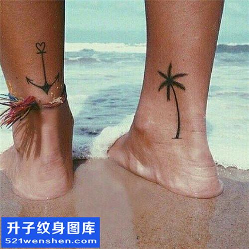 男性脚踝船锚椰子树纹身图案大全