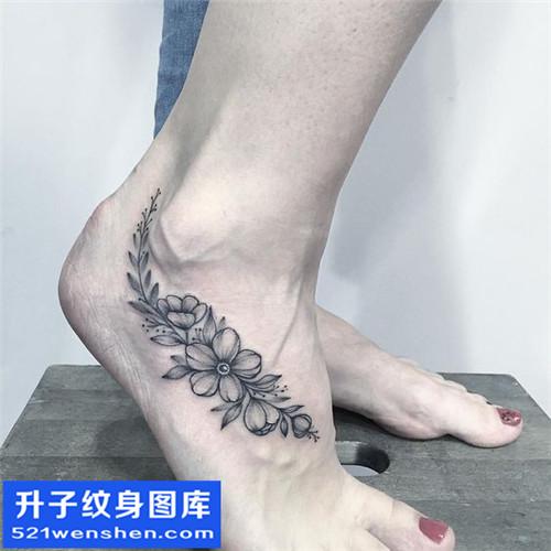 女性脚背欧美花纹身图案纹身大全