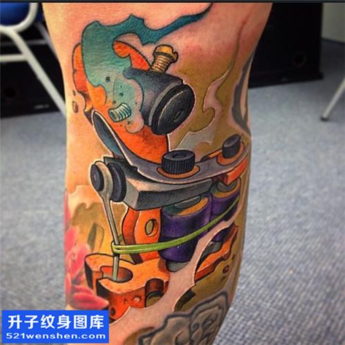 男性小腿欧美彩色纹身机图案大全