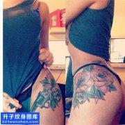 女性传统侧腰玫瑰纹身图片大全