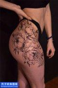 女性侧腰传统菊花纹身图片大全