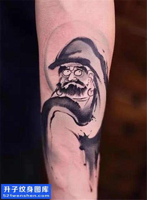 男性小臂水墨达摩纹身图案大全