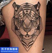 女性大腿欧美点刺纹身图案大全