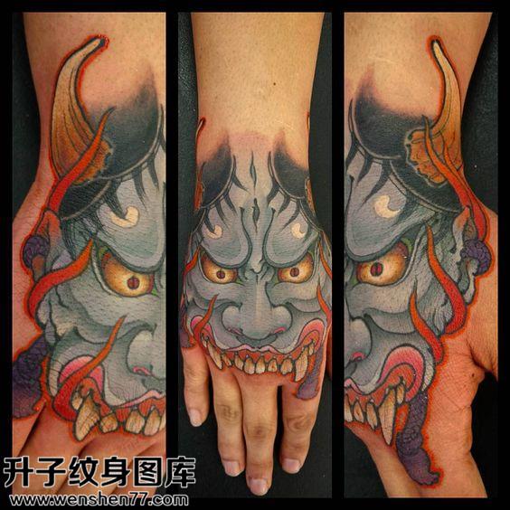 男性手背传统彩色般若纹身图片大全