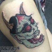 重庆纹身哪里便宜 女性大腿彩色欧美般若纹身图