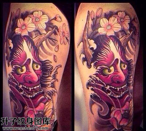 女性大腿传统般若纹身图案大全