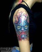 女性大臂传统彩色般若纹身图案大全