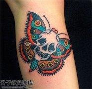 女性小腿彩色欧美蝴蝶骷髅纹身图案大全